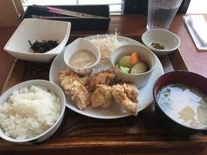 鶏むね肉のから揚げと温野菜のごまマヨソース01.JPG